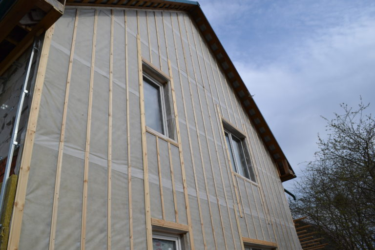 Утепление и отделка дома сайдингом